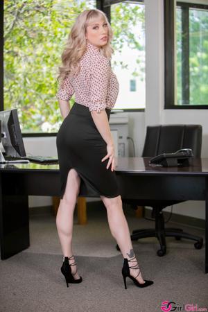 First Day With My New Boss - Abigail Mac, Verronica Kirei