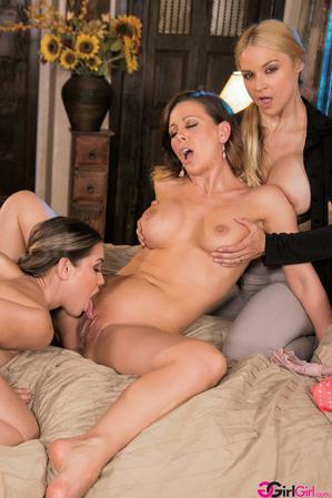 Daddy's Rules - Cherie Deville, Sarah Vandella, Alina Lopez
